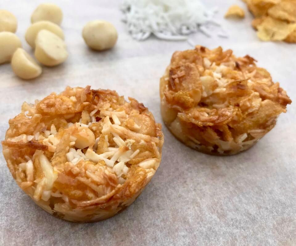 Crunchy-Coconut-Macadamia-Bites-2