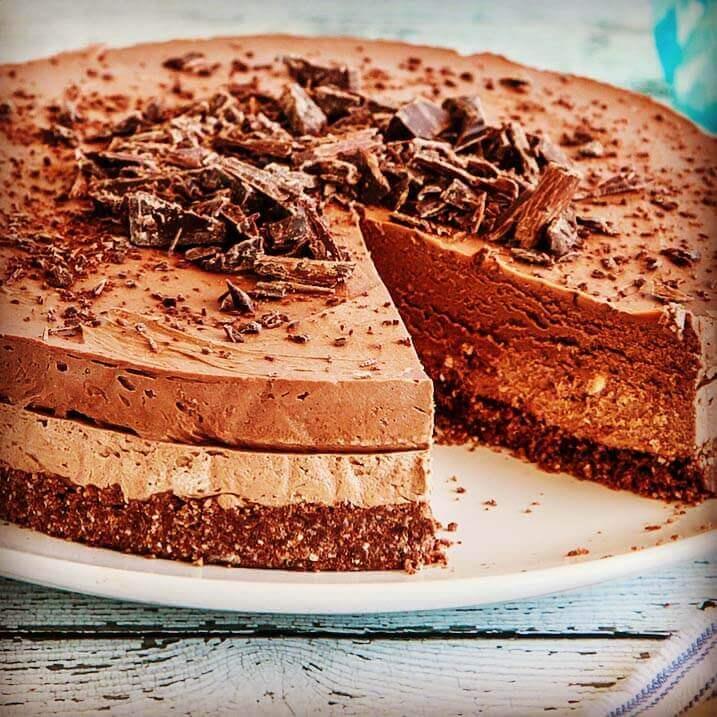 Triple-Chocolate-Cheesecake-2
