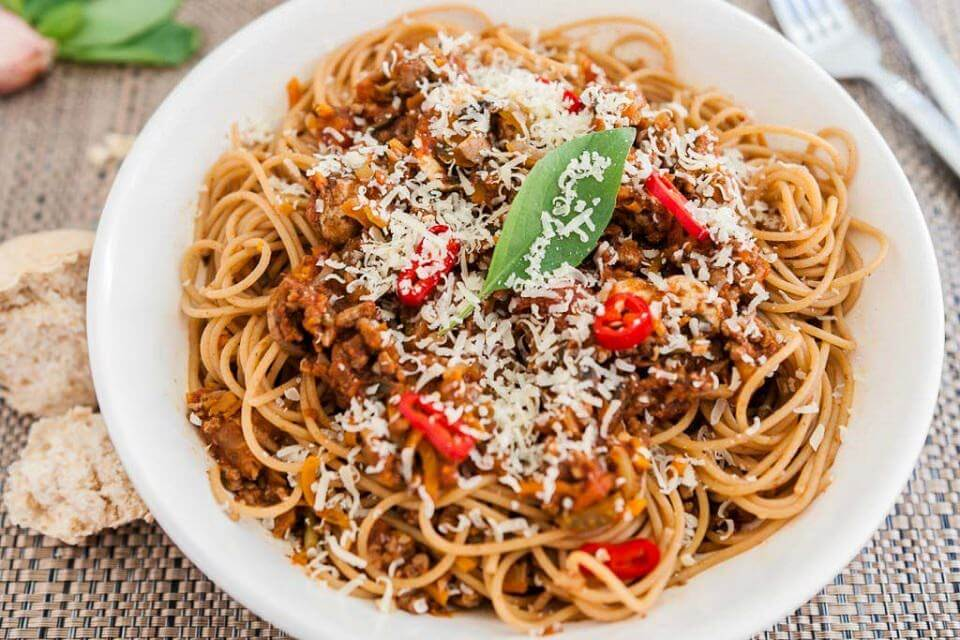 11 easy Ways To Jazz Up Your Spaghetti Bolognese