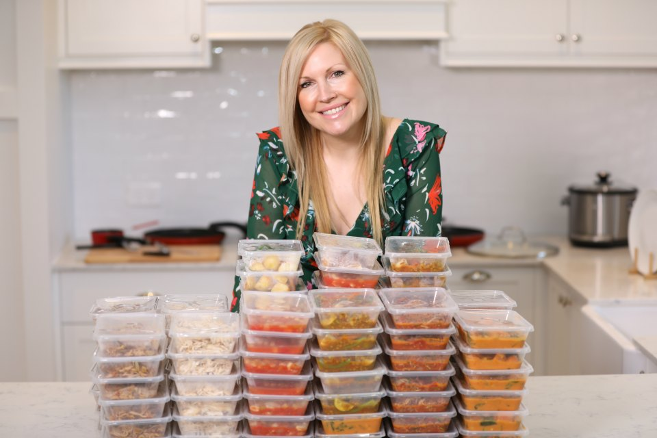 Mum takes 7 base recipes and turns them into 106 different meals!