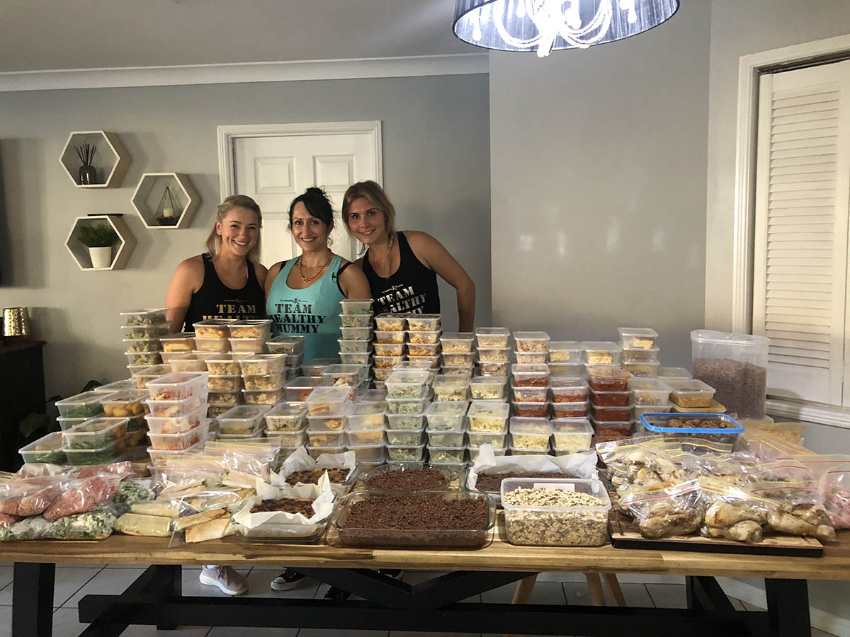 Meal Prep Queens help single mum of nine make a months worth of meals, snacks & more
