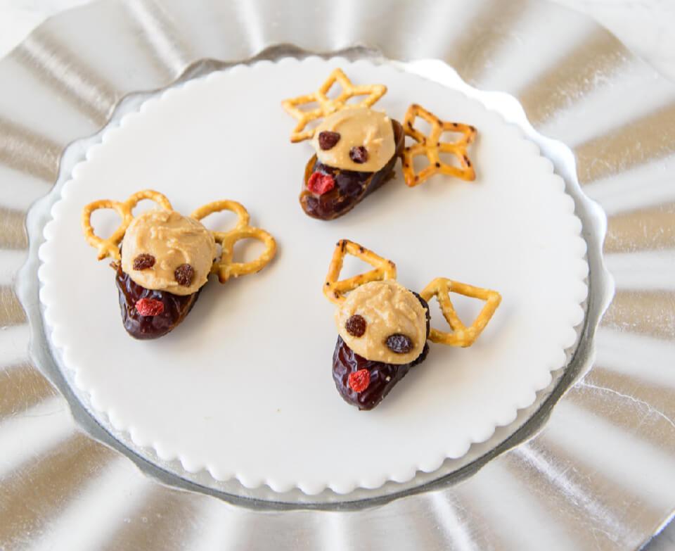 Date-Pretzel-Reindeers