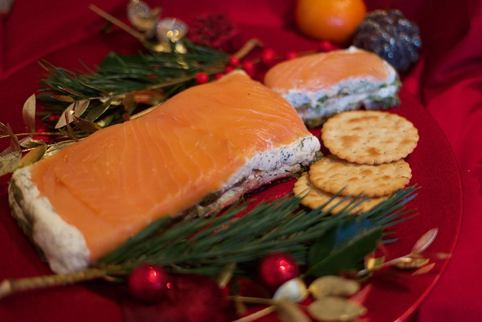Smoked-Salmon-avocado-cheese-terrine