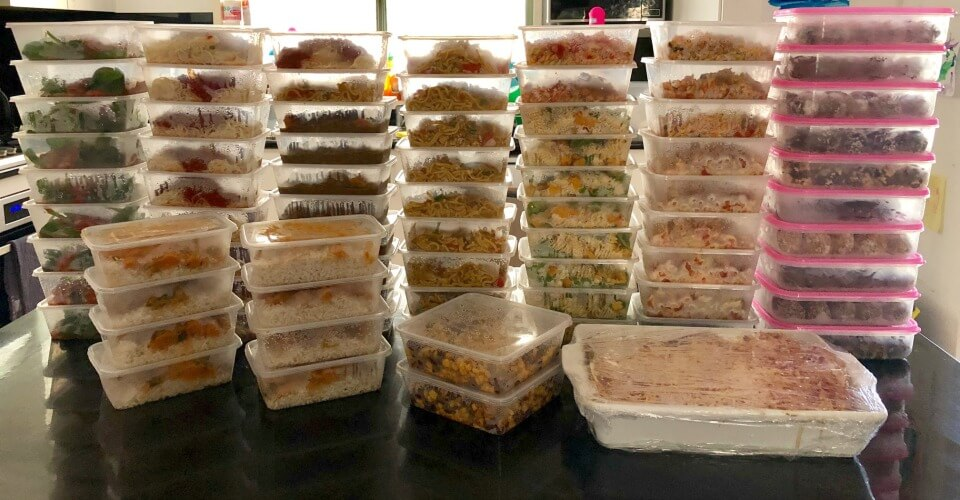 The Healthy Mummy spoils new mum-of-4 with over 80 Main Meals & 150 Bliss Balls