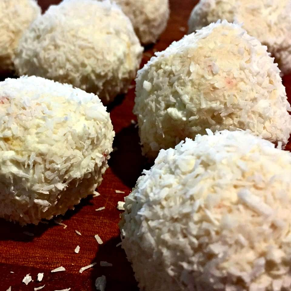 lemon-coconut-bliss-balls