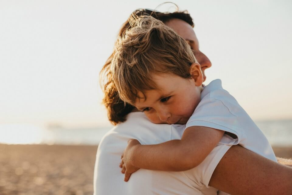 CUDDLING your kids make them SMARTER, better behaved and sleep through the night